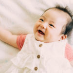 赤ちゃんの歯が生える順番と時期は?新米ママが慌てないための情報満載のアイキャッチ